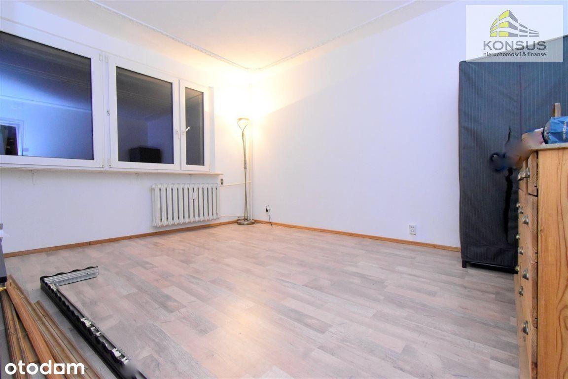 3-Pokoje-Oddzielna Kuchnia-Balkon Loggia !