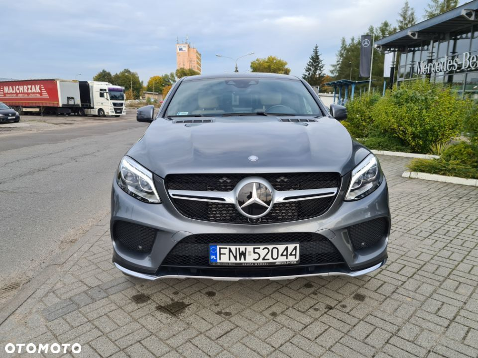 Mercedes-Benz GLE 350 d 4 Matic Coupe AMG salon Polska - 2