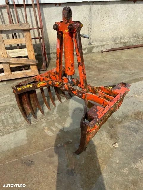 Accord Macara dupe tractor - 8