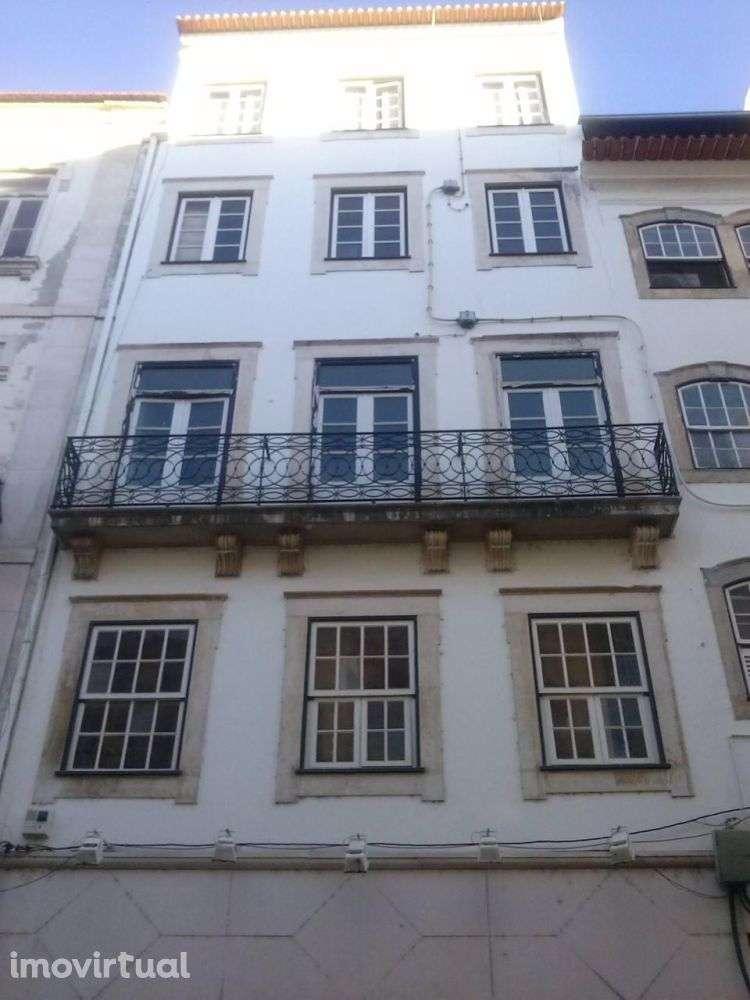 Prédio para comprar, Coimbra (Sé Nova, Santa Cruz, Almedina e São Bartolomeu), Coimbra - Foto 2