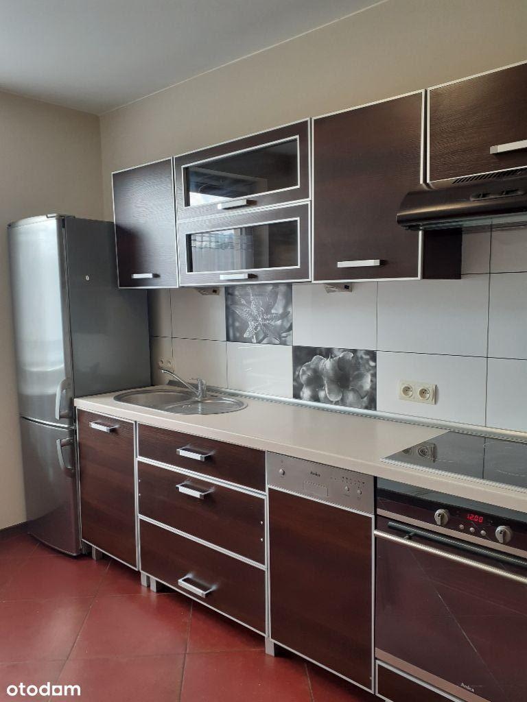 Mieszkanie 2 pokojowe z oddzielną kuchnią 48 m2.
