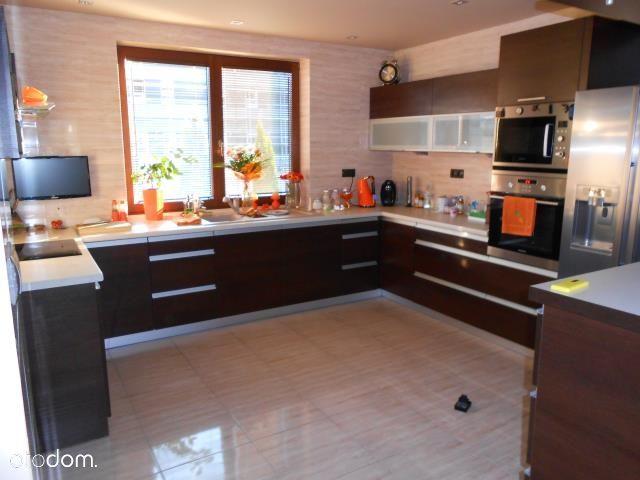 Dom, 260 m², Wołomin