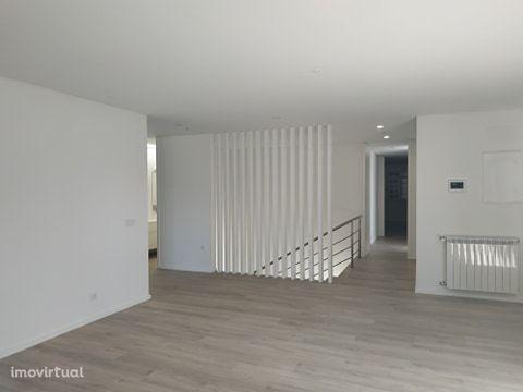 Apartamento para comprar, Rua Doutor Manuel Pais, Barcelos, Vila Boa e Vila Frescainha (São Martinho e São Pedro) - Foto 11