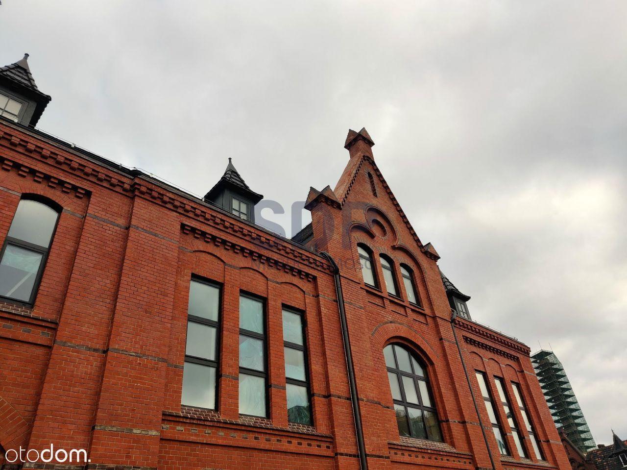 Przestronny Loft W Industrialnym Budynku Z 1894 r