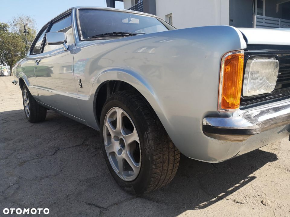 Ford Taunus 1600L coupe - 24