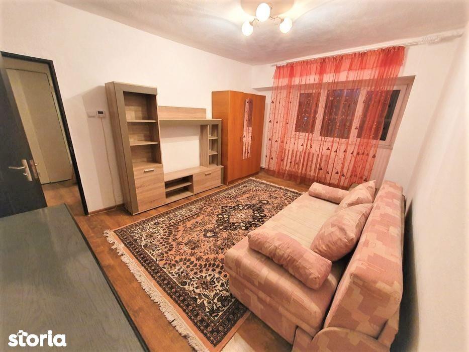 Apartament 2 camere decomandat ultracentral Beclean