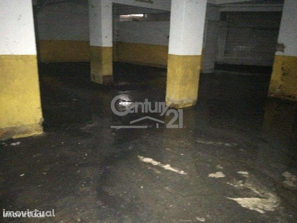 Garagem para comprar, São Sebastião, Setúbal - Foto 1