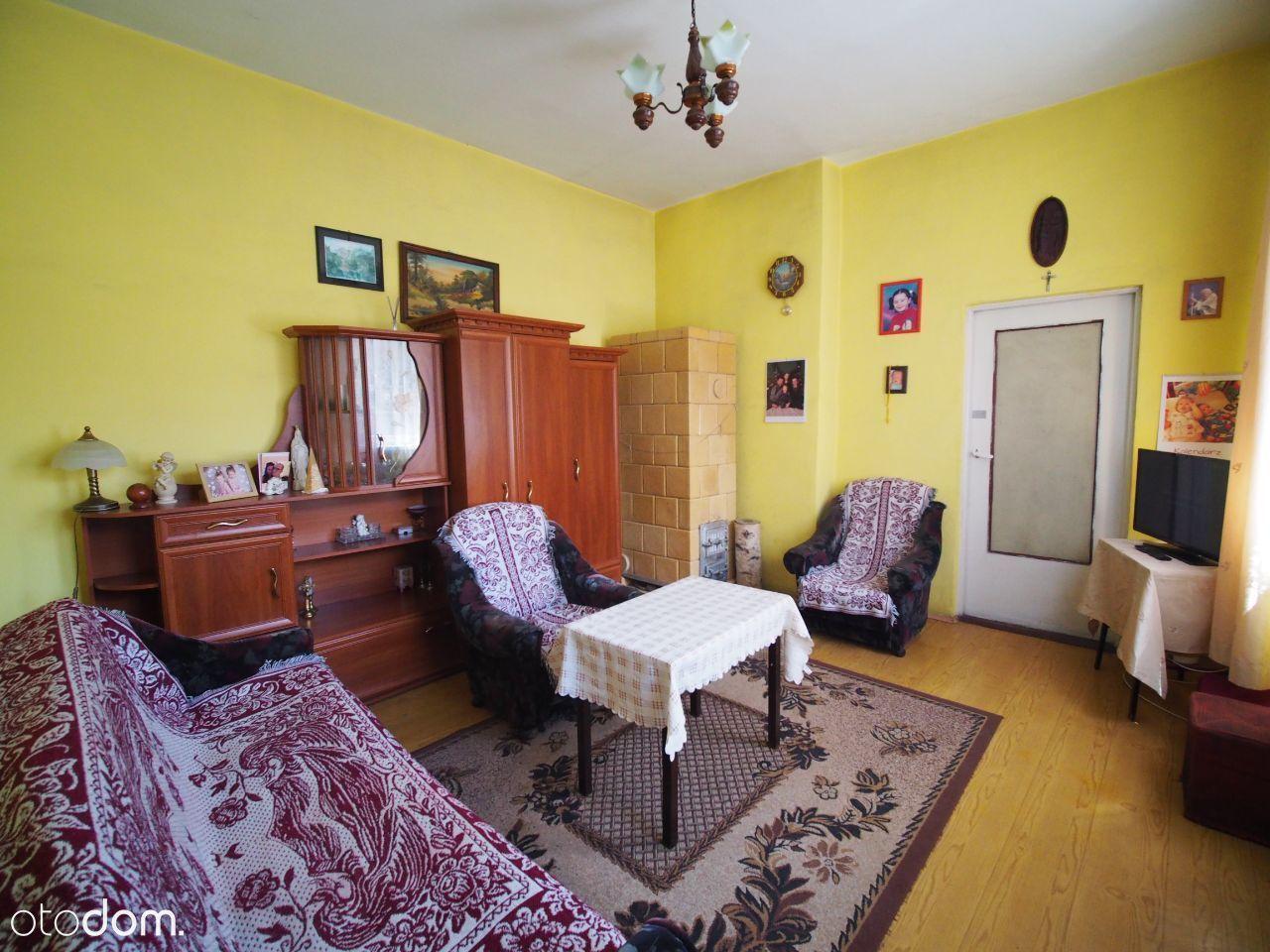 2 pokoje, I piętro, 3 km od morza