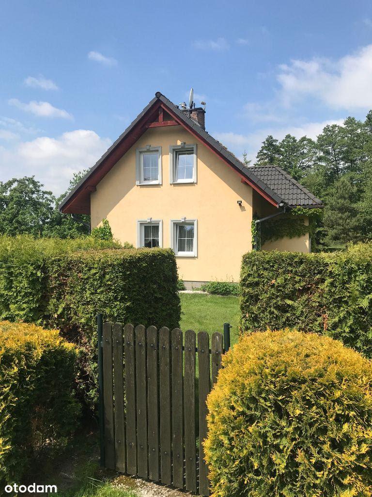 Bardzo atrakcyjny dom z dużym ogrodem