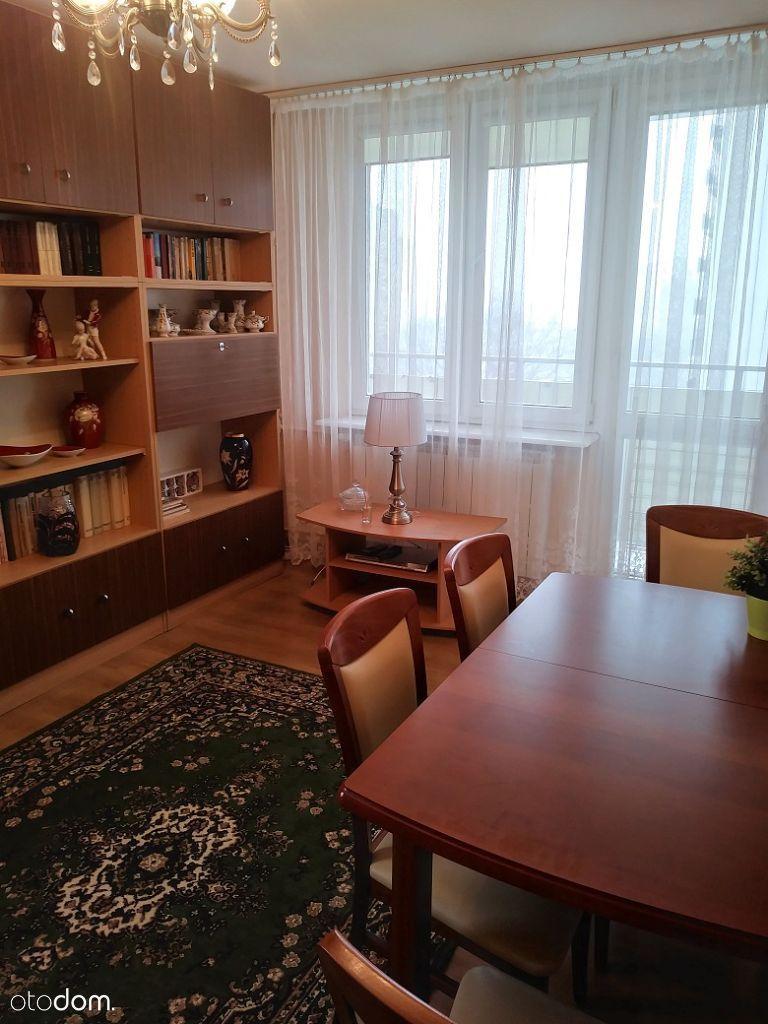 1 Sierpnia, 48 m2, 3 osobne pokoje, balkon