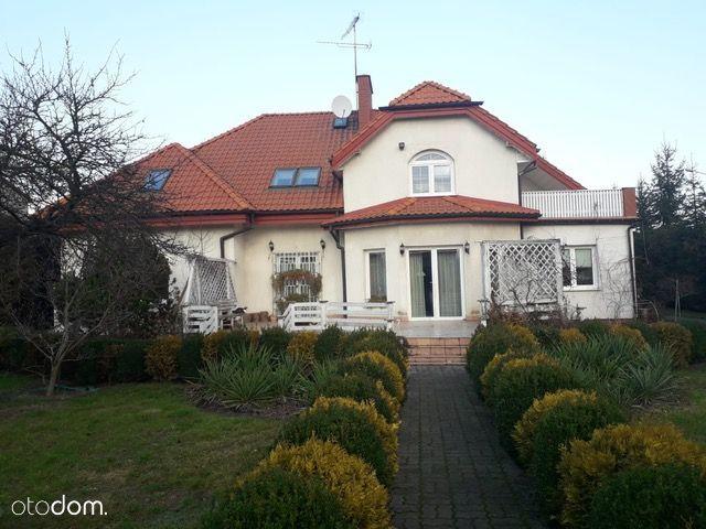 Dom w Płocku - Świetna lokalizacja