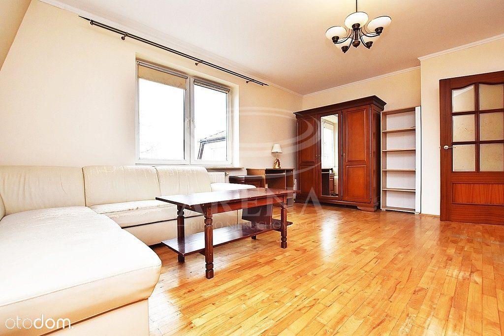 Mieszkanie 4 pokoje, garaż, ogródek ,72 M