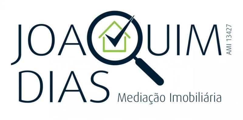 Este apartamento para comprar está a ser divulgado por uma das mais dinâmicas agência imobiliária a operar em Venda do Pinheiro e Santo Estêvão das Galés, Lisboa