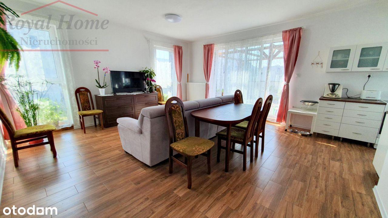 Nowoczesny,apartament podzielony na 2 mieszkania.