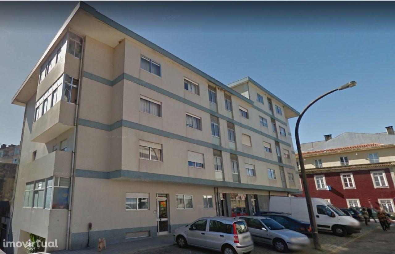 T2 ao Jardim da Corujeira e Estádio do Dragão - Porto