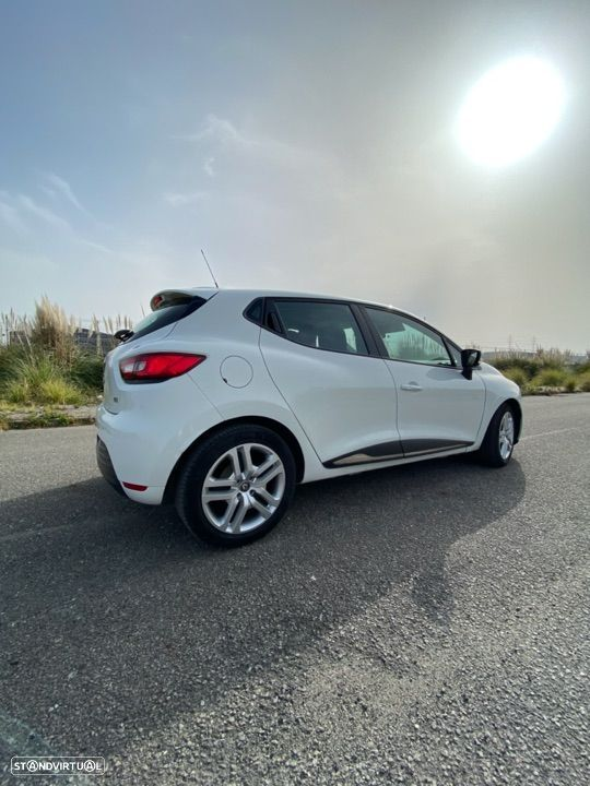 Renault Clio 1.5 dCi Limited - 12