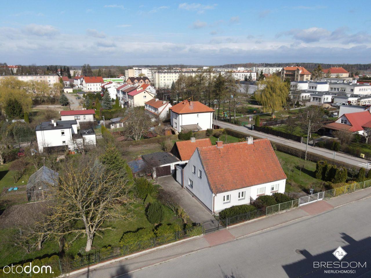 Dom w Barczewie, duża działka.