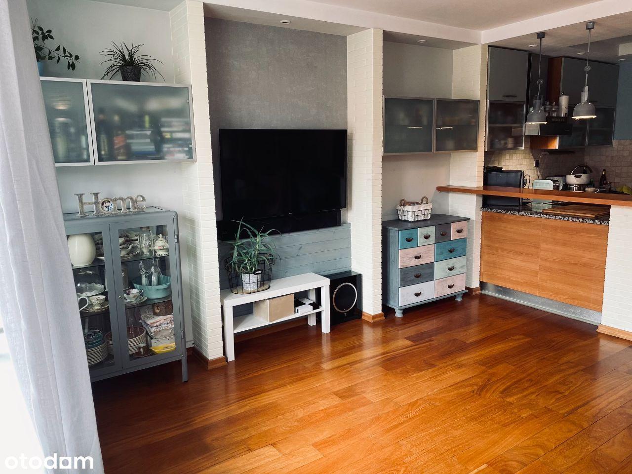 Wysoki standard, 90 m2 po podłodze, blisko natury.