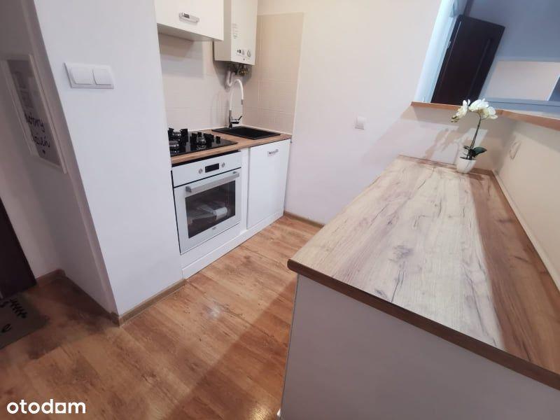 REZERWACJA Sprzedam mieszkanie w centrum Bolesławc