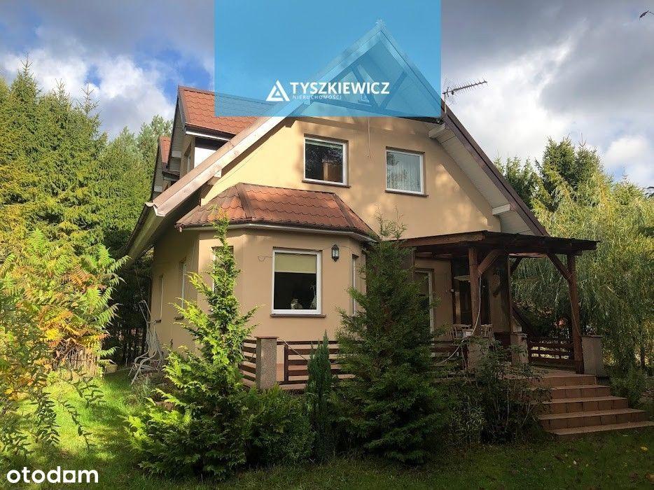 Niewielki dom w leśnym zaciszu- Dąbrowa