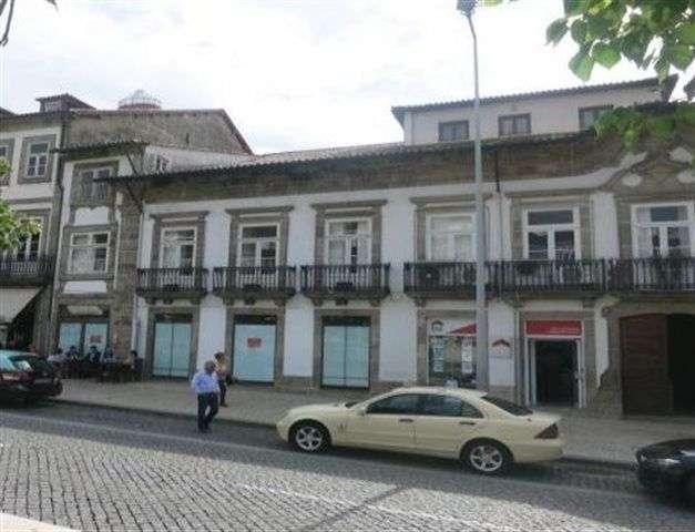 Loja para comprar, Oliveira, São Paio e São Sebastião, Guimarães, Braga - Foto 1