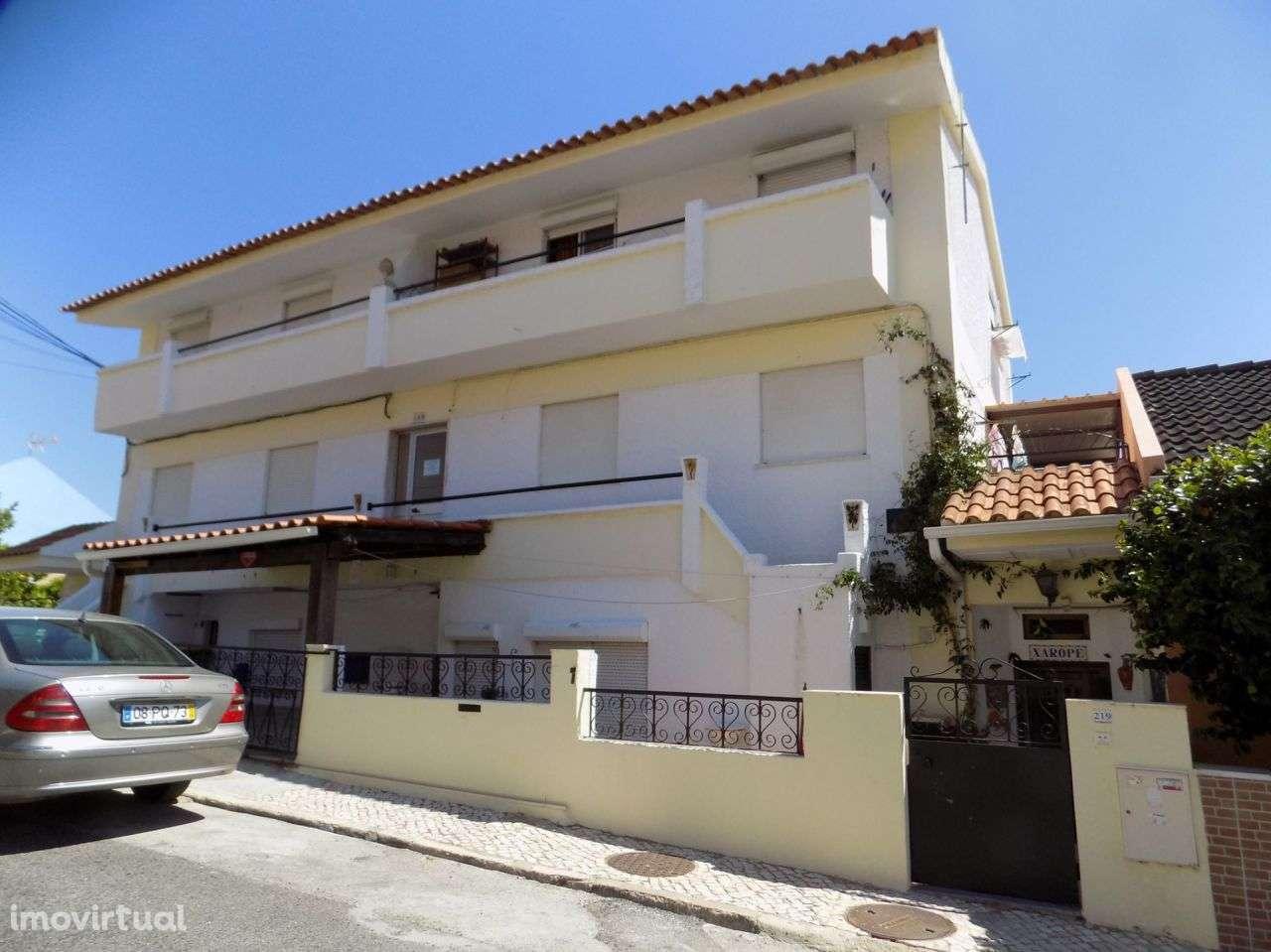 Prédio para comprar, Santa Iria de Azoia, São João da Talha e Bobadela, Lisboa - Foto 2