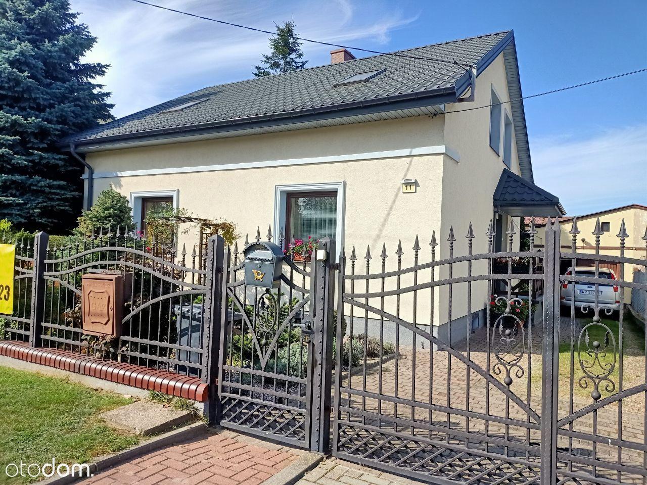 Sprzedam dom w Płocku bez pośredników.