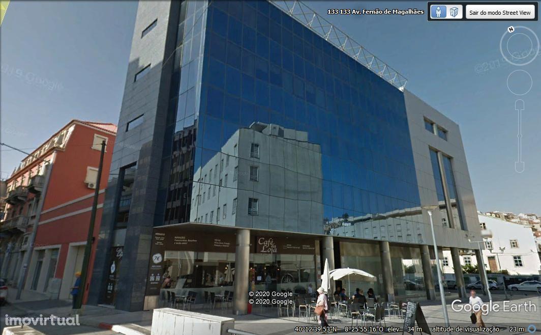 Bonito escritório com 50 m2 no Edifício Azul, à Loja do Cidadão