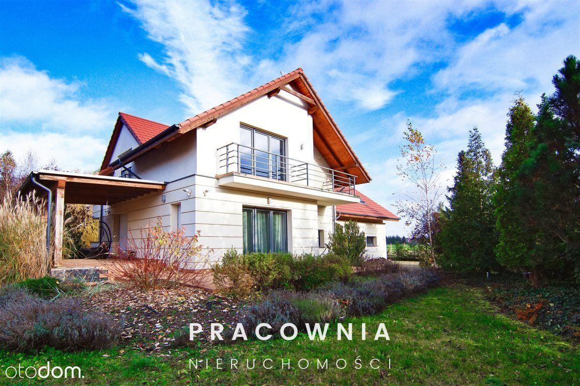 Zamieszkaj w pięknym domu w Niemczu!