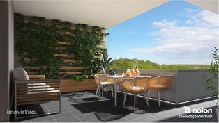 Apartamento T4 com terraço e garagem privativa