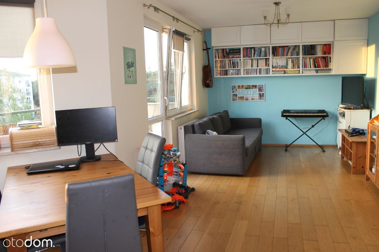 Słoneczne, 2 balkony,Przestrony salon,nowa kuchnia