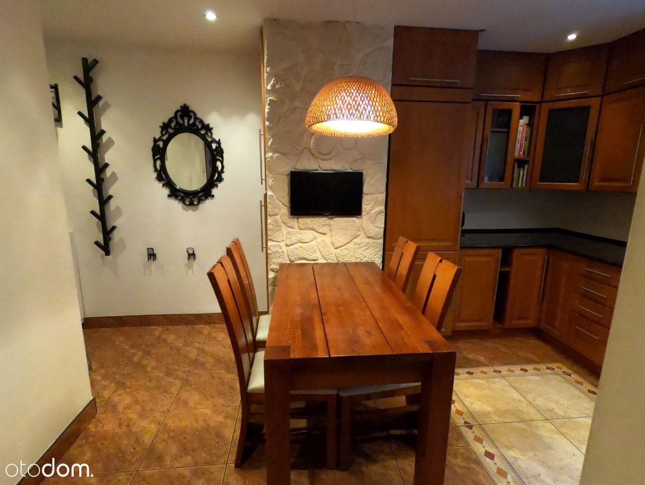 Komfortowe 2-pokojowe mieszkanie z garażem Centrum