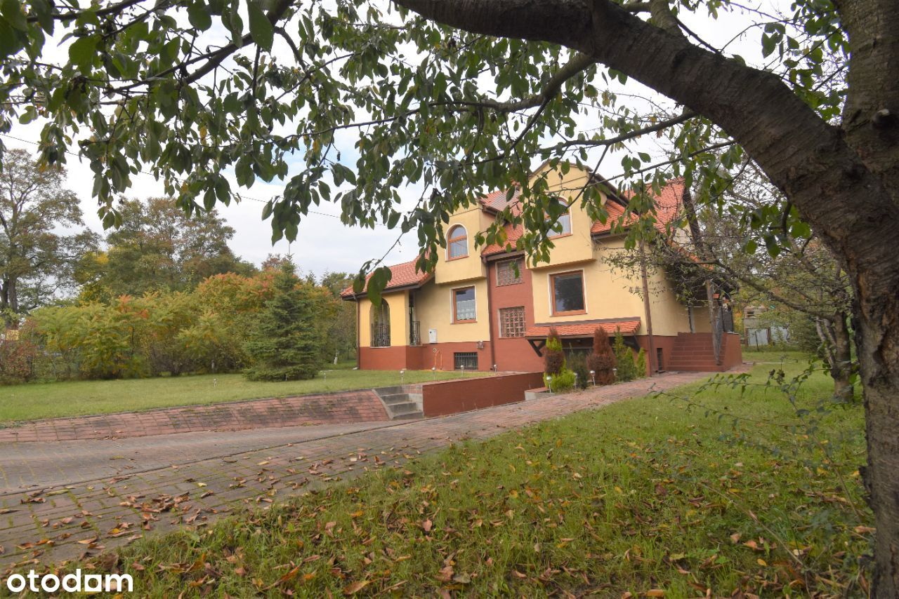 Wolnostojący dom w Sobieszewie z ogrodem