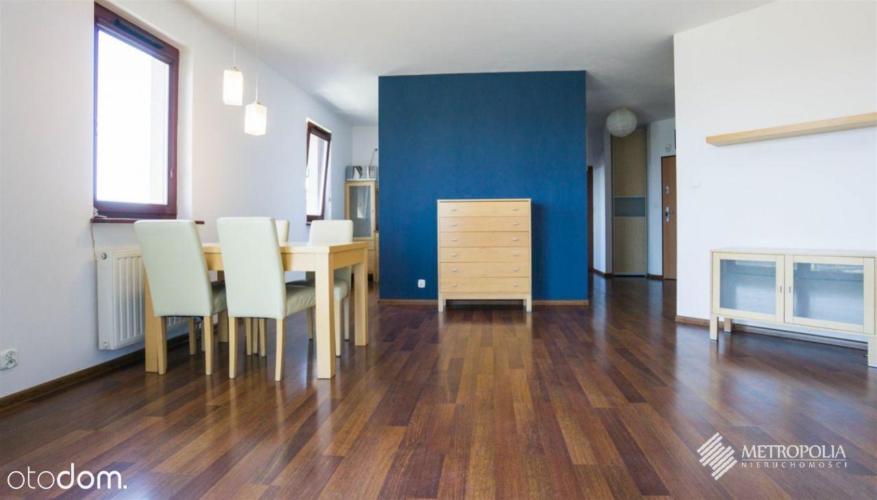 Czerwone Maki | 2-pokojowe z balkonem | 54m2| 1350
