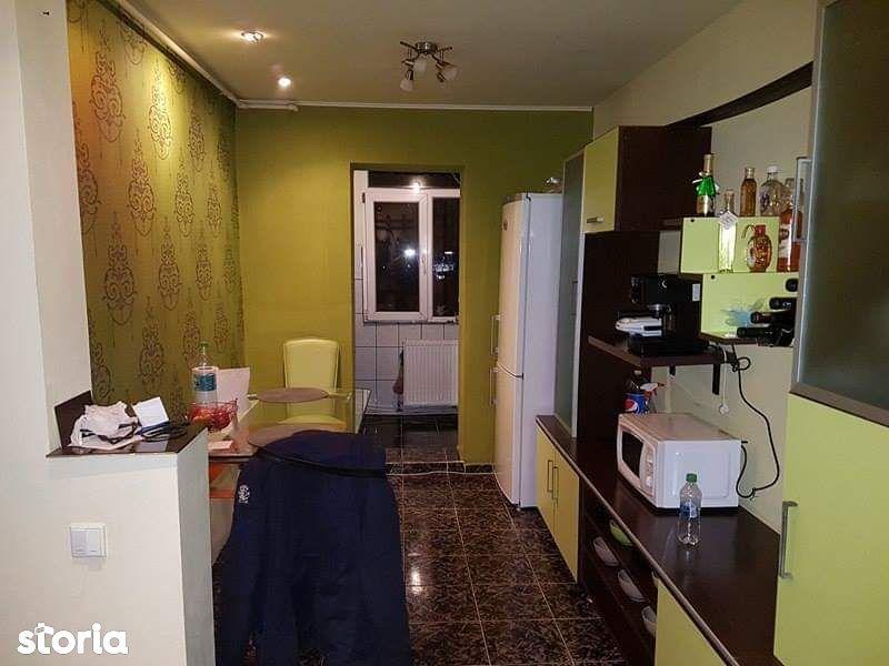 Apartament 2 camere D-va Nord zona Pasarelei 2 balcoane 39.000 Eur neg