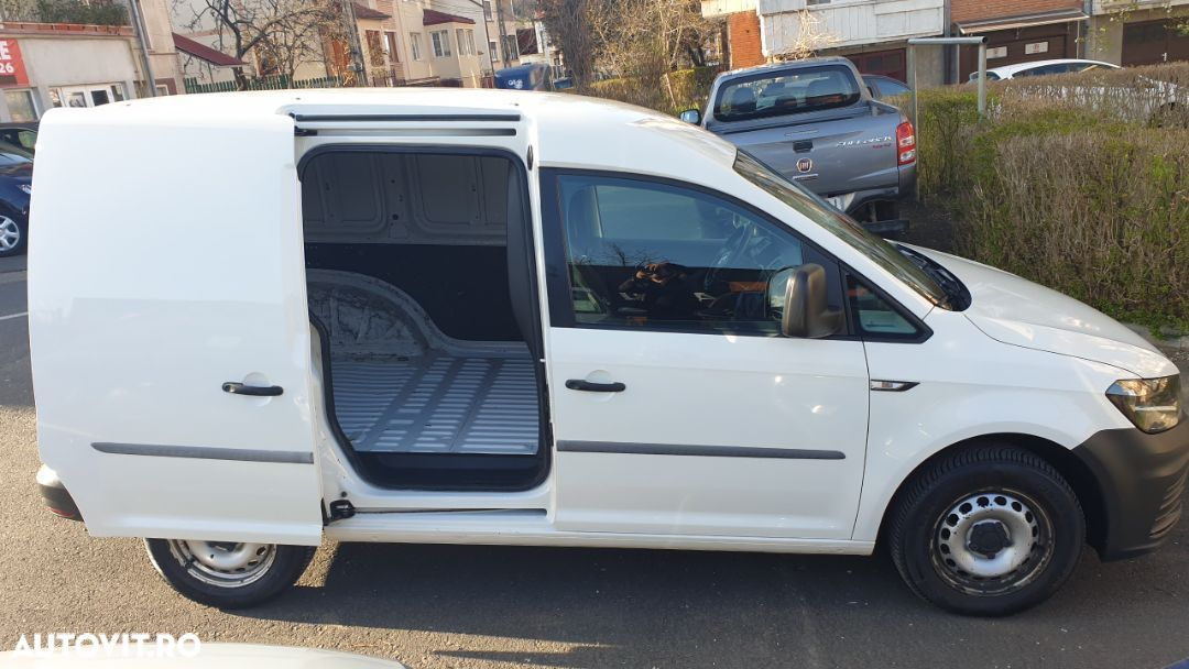 Volkswagen Caddy 2.0 - 17