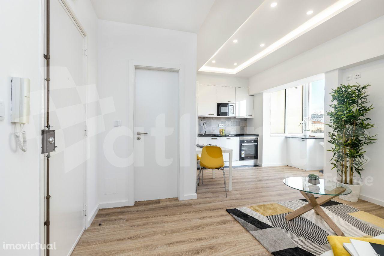 Apartamento T1 - como novo - junto ao Metro de Picoas