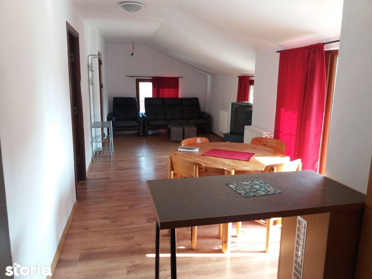 INCHIRIEZ apartament 3 camere la vila ,zona Selimbar