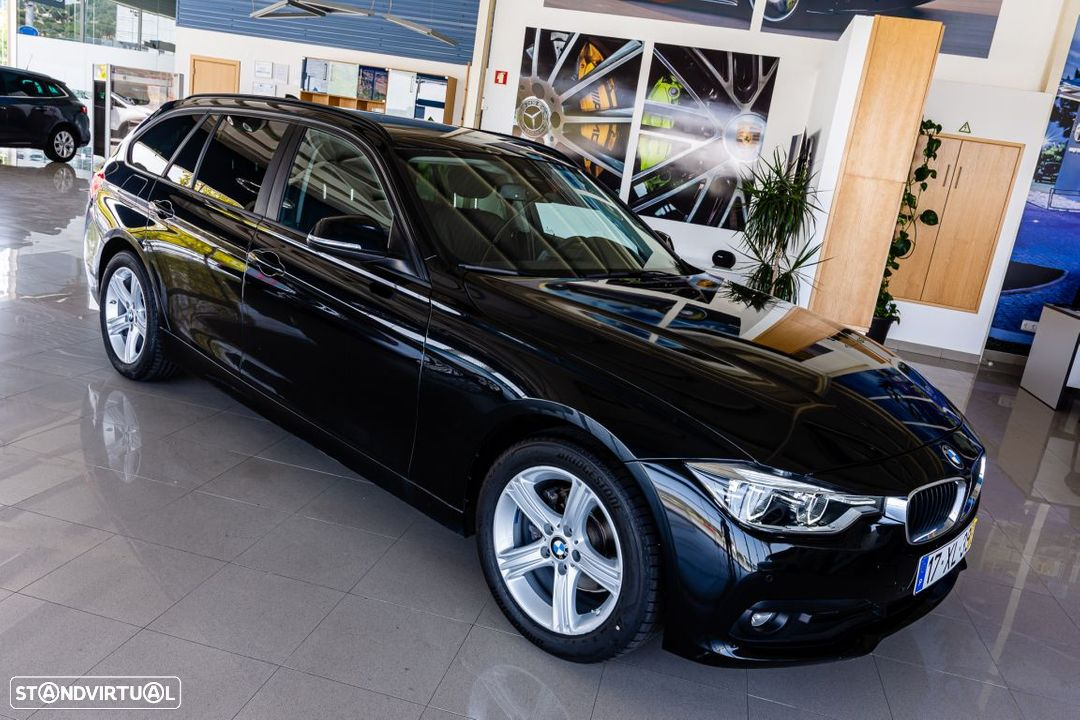 BMW 318 d Touring Ultimate Auto - 34