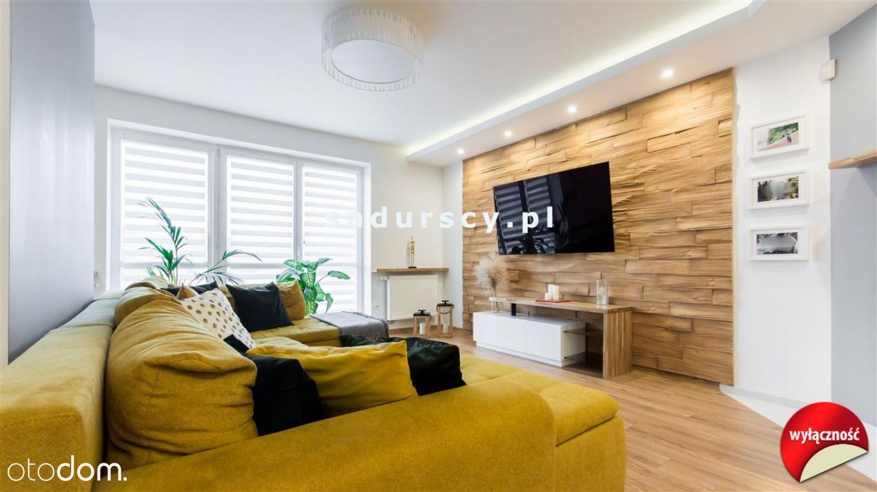 Dom, 361 m², Modlniczka