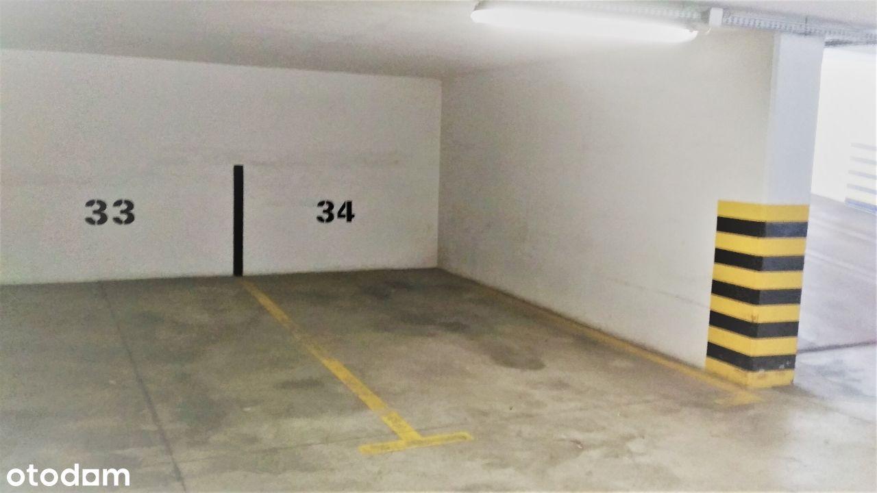 Wynajmę miejsce garażowe ul.Kobielska 6 Grochw