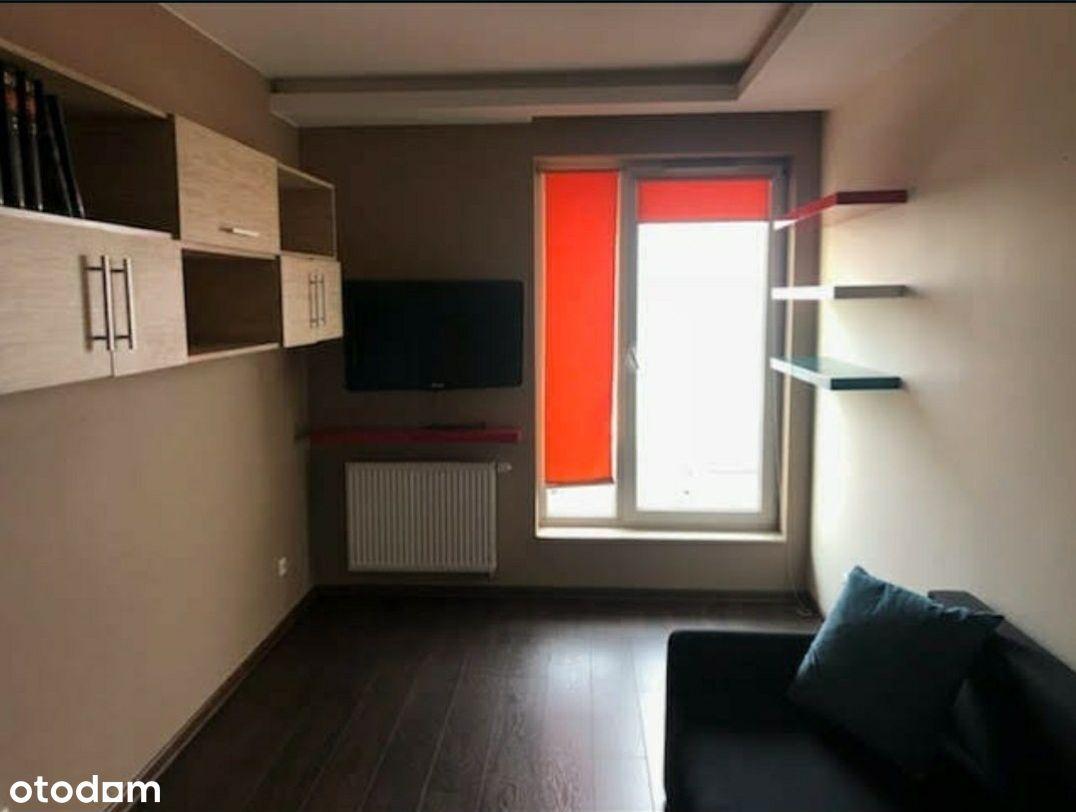 Wynajmę mieszkanie 70m ,3 pokoje ,miejsce w garazu