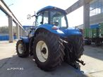 New Holland T8020 - 8