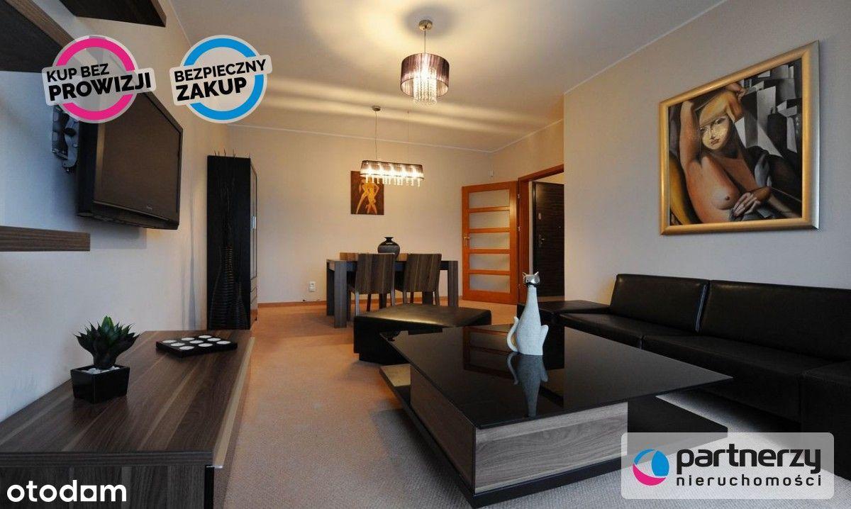 Apartament 2-pokoje kilkaset metrów od plaży