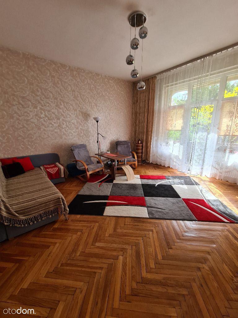 Sprzedam mieszkanie w kamienicy ul. Gajowicka