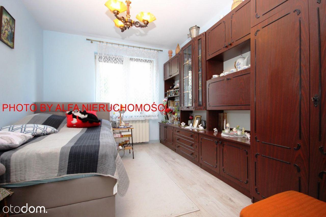 3-pokojowe mieszkanie z balkonem - okolice Centrum