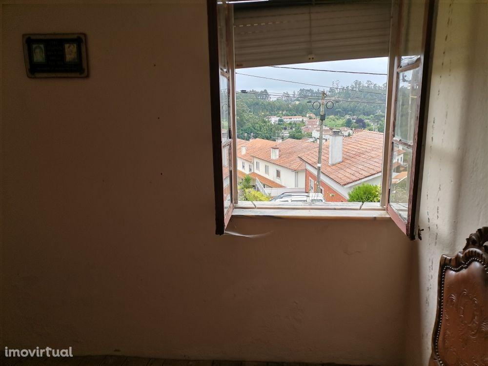 Casa p Restaurar c anexos c 1250 m2 prox de Esposende