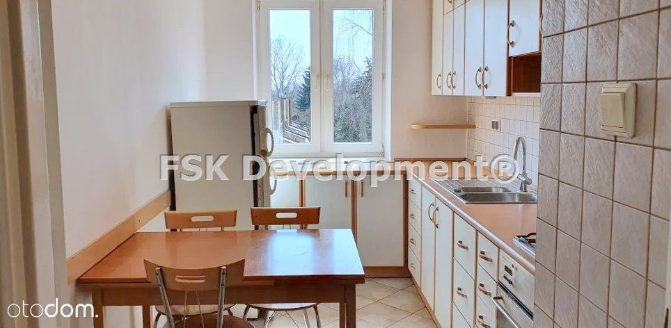 Saska Kępa, osobna widna kuchnia, garderoba