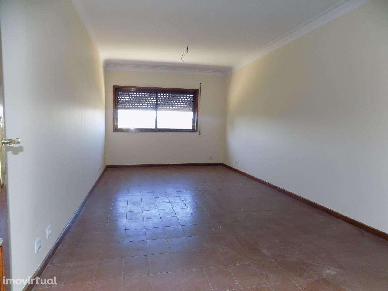 Apartamento para arrendar, Oliveira do Douro, Porto - Foto 4