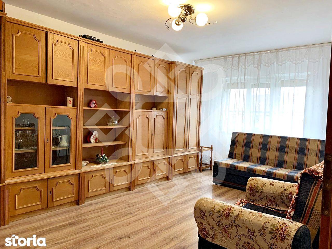 Apartament doua camere de vanzare, tip PB, Rogerius, Oradea